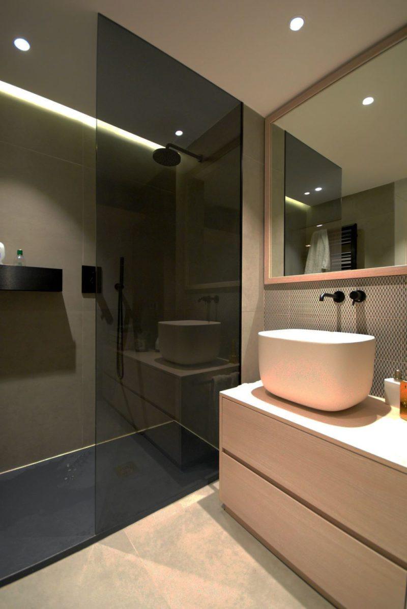 Bathroom Renovate - Raquel Navalon Alvarez on Unsplash