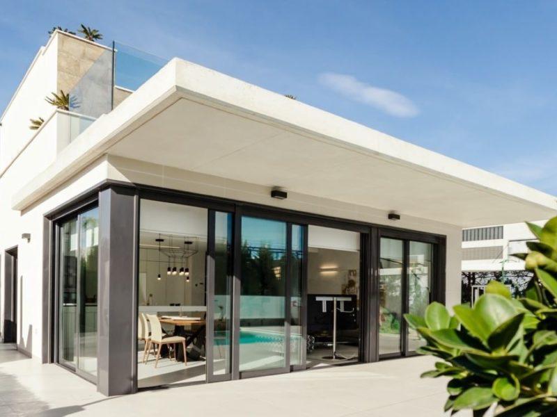 Buying A Leaky Home - Photo Ralph (Ravi) Kayden on Unsplash