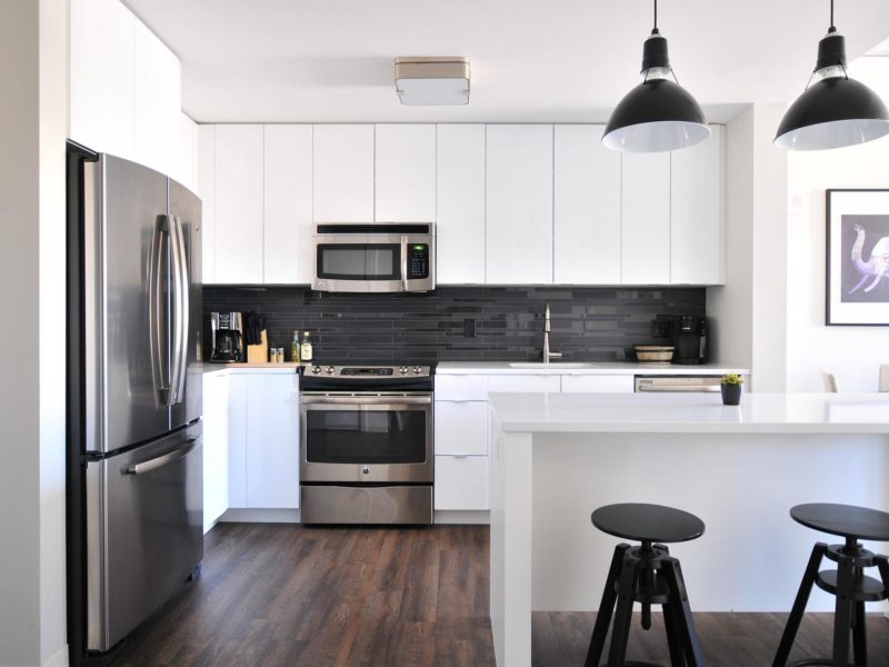 Buying Apartment - Naomi Hébert on Unsplash